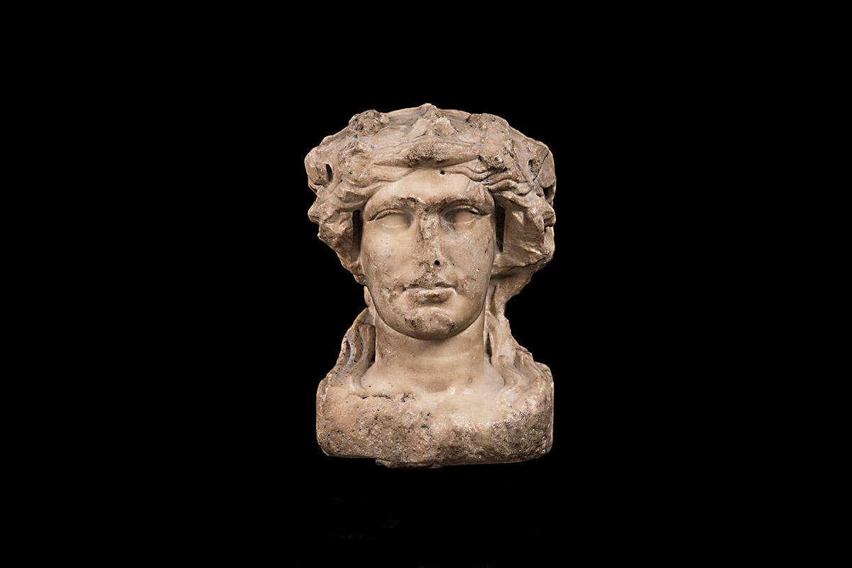 Roma-Dionisio-bifronte-marmol